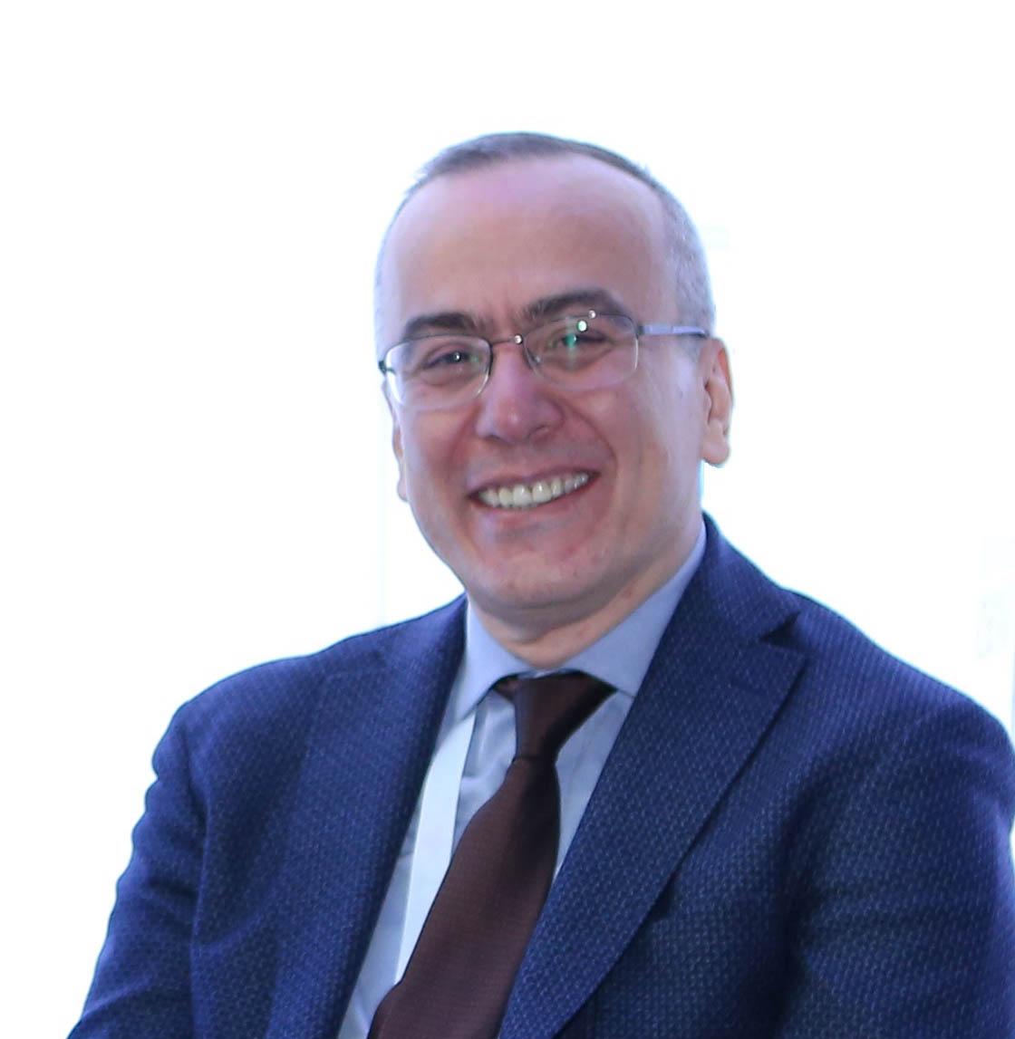 Prof. Dr. Namık Yaşar Özbek